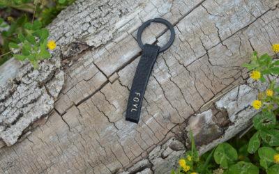 Porte-clé noir