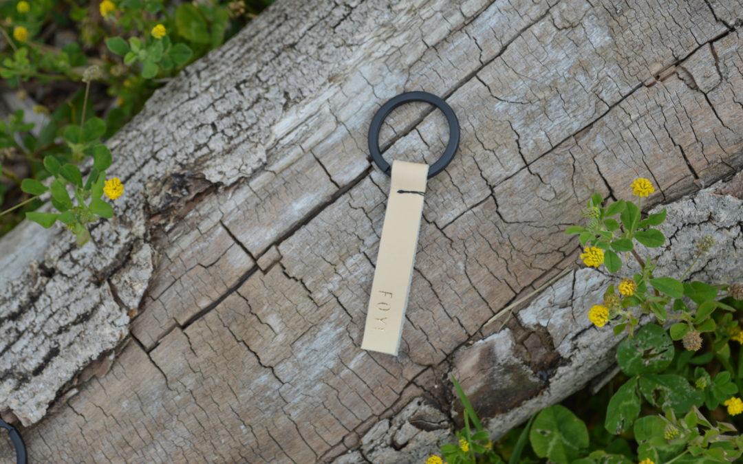Porte-clé écru